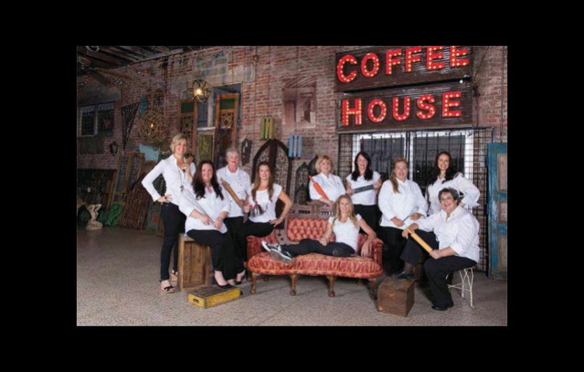 women coffee house