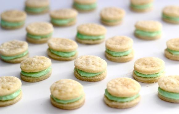 Mint Cream Wafers